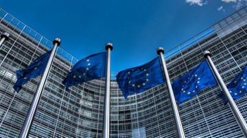 Unijna dyrektywa o pracownikach delegowanych przyjęta. Tylko Polska i Węgry były przeciwko