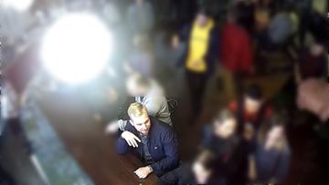 Atak nożownika w centrum Warszawy. Przypadkowo rozlał drinka, został kilkakrotnie dźgnięty nożem