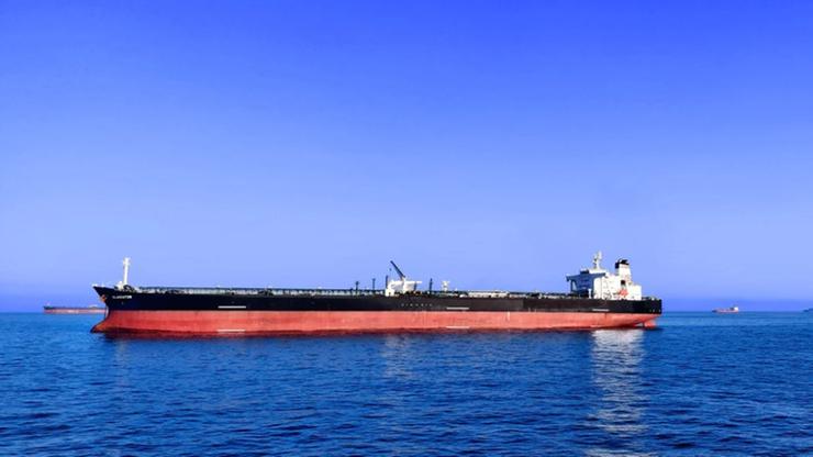 Piraci próbowali zaatakować tankowiec. Interweniowała marynarka wojenna